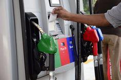 Combustibles bajarán de precio en marzo