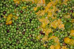olives with mandarin Citrus Oil, Olives, Sprouts, Vegetables, Food, Veggies, Vegetable Recipes, Brussels Sprouts, Meals