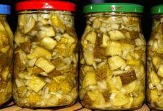 Nakládané okurky na kostičky Chicken, Meat, Vegetables, Food, Anna, Vegetable Recipes, Eten, Veggie Food, Meals