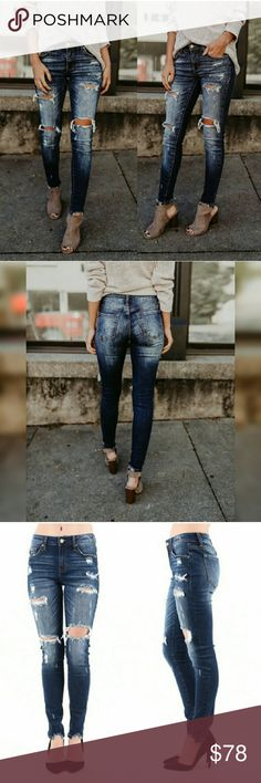 Distressed frayed skinny jeans ➿RESTOCKED➿ Dark wash frayed ankle and stretchy. Very flattering to any body type and fit true to size. Glamvault Jeans