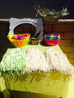 DIY Photo Booth props luau party