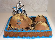 Birthday Cake Motocross Track | One more keepingin mind the birthday boy'S preference for transport!