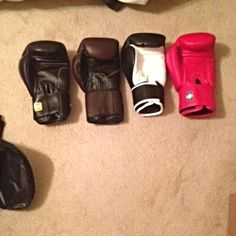A couple of pics with other thai gloves all 16oz. Mixed Martial Arts, Boxing Gloves, Judo, Karate, Couple, Boxing Hand Wraps, Couples, Mma