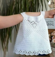 Crochet 101, Crochet Bebe, Crochet For Boys, Baby Booties Knitting Pattern, Baby Knitting, Knitting Patterns, Crochet Patterns, Crochet Skirts, Baby Suit