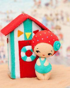 PDF. Beach house with doll. Plush Doll Pattern Softie