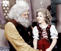 Shirley Temple's Life In Pictures - - Shirley Temple appearing in 'Heidi' with Jean Hersholt, the film in which Temple's maturing look became obvious as she reached the age of Hollywood Icons, Old Hollywood, Hollywood Glamour, Child Actresses, Actors & Actresses, Shirley Temple, Temple Movie, Bright Eyes, Movie Stars