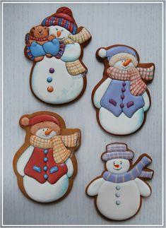 Snowman Cookies, Christmas Sugar Cookies, Christmas Cupcakes, Christmas Sweets, Noel Christmas, Holiday Cookies, Christmas Baking, Gingerbread Cookies, Ginger Cookies