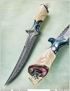 THIS work defines 'Art Knife'. Daniel Stephan carves ivory, and titanium, and timascus, and damascus with a spot 'o' gold. Pretty Knives, Cool Knives, Swords And Daggers, Knives And Swords, Knife Aesthetic, Armas Ninja, Cool Swords, Best Pocket Knife, Pocket Knives