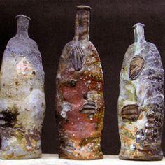 Contemporary Ceramics Nic Collins  para botellas vaciascon text.