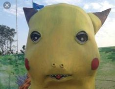We've seen creepy Pokémon art before, but these statues seen at an animation festival in China are enough to give even a Haunter nightmares. Pokemon Go, Creepy Pokemon, New Pokemon Game, Pikachu, Pokemon Games, Funny Animal Quotes, Funny Animals, Funny Pranks, Funny Memes