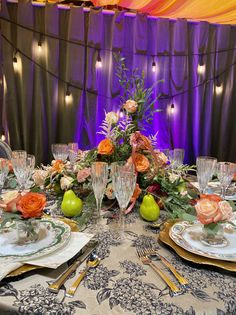 Bridal Show, Twin Cities, Wedding Vendors, Big Day, Twins, Dream Wedding, Backyard, Table Decorations, Floral