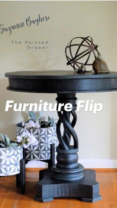 Flipping Furniture, Upcycled Furniture, Furniture, Table, Table Makeover, Painted Table, Chalk Paint Furniture, Diy Furniture, Painted Furniture