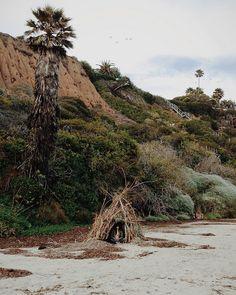 .:  Kate in a beach hut  |  Kevin Russ  :.