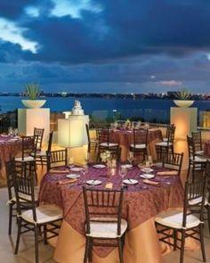 Le Blanc Spa Resort #Cancun #Mexico tiene 6 restaurantes de lujo, un must en Cancún.