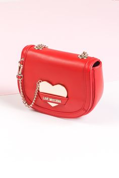 Romantyczna torebka z sercem - idealne na walentynkowe prezenty dla ukochanej osoby. Valentines Day, Monogram, Chanel, Shoulder Bag, Casual, Bags, Fashion, Valentine's Day Diy, Handbags