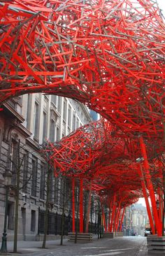 The Sequence, Brussels, Belgium by artist Arne Quinze :: installation utside the Flemish Parliament