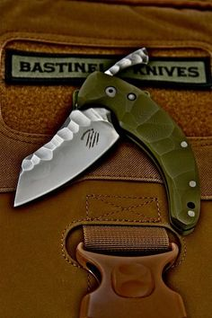 DRAGOTAC Custom Folder Bastinelli Knives