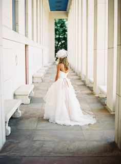 Fashionable Wedding at the Texas Hall of State - Southern Weddings Magazine