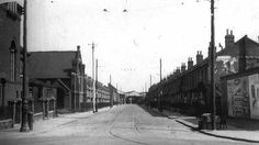 Tramway Avenue - Waltham Cross and Edmonton Tramways Vintage London, Old London, Enfield Middlesex, Greater London, Old Photos, History, Architecture, City, Places