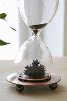 Reversible Magnetic Sand Timer - Urban Outfitters