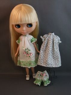 Hankie Dress Pattern  for Blythe by KristineAnns on Etsy https://www.etsy.com/listing/51904522/hankie-dress-pattern-for-blythe