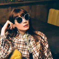 166 ακόλουθοι, ακολουθεί 123, 59 δημοσιεύσεις - Δείτε φωτογραφίες και βίντεο στο Instagram από το χρήστη Eye-Q Optical Stores (@eyeq_opticalstores) Cat Eye Sunglasses, Round Sunglasses, Spring Summer 2018, Eyes, Instagram, Fashion, Moda, Round Frame Sunglasses, Fashion Styles