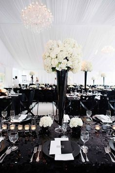 tall black and white wedding centerpiece ~  we ❤ this! moncheribridals.com