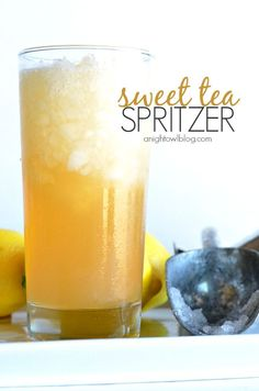 Sweet Tea Spritzer // refreshing & beautiful cocktail for spring and summer parties via A Night Owl #zesty #fresh #party