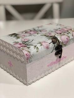Cajas decoradas decoupage #cajas #cajasdecoradas #art #servilletas #stencils