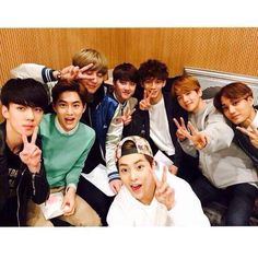 EXO at SBS Cuitwo Show