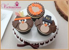 Thanksgiving Owl Cupcakes tutorial - SugarEd Productions