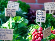How to Shop at a Farmers' Market