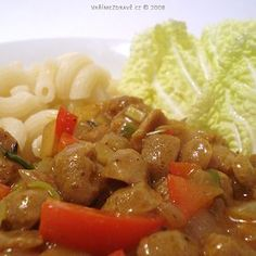 restovane-sojove-kostky-s paprikou Tofu, Spaghetti, Beef, Vegetables, Ethnic Recipes, Red Peppers, Meat, Vegetable Recipes, Noodle