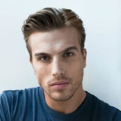 side parting for men thin hair Older Mens Hairstyles, Cool Mens Haircuts, Top Hairstyles, Men's Haircuts, Mens Hairstyles Side Part, College Hairstyles, Thin Hair Styles For Women, Side Parting, Hair Loss Remedies