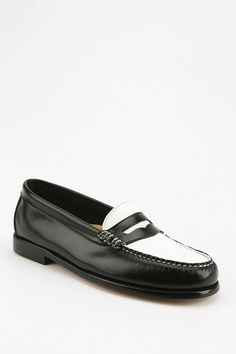 Bass Wayfarer Two Tone Loafer - Urban Outfitters
