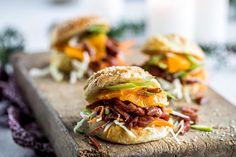 6 enkle juleretter til julebordet Pulled Pork, Hamburger, Ethnic Recipes, Food, Recipies, Shredded Pork, Essen, Burgers, Meals