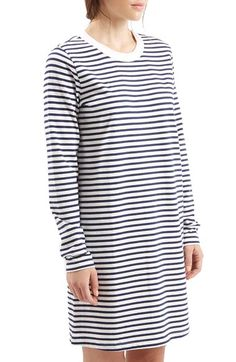 Free shipping and returns on TOPSHOP Boutique Stripe Long Sleeve Dress at Nordstrom.com. Crisp nautical stripes pattern this cozy long-sleeve dress knit from soft, breathable brushed cotton.