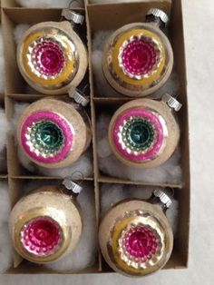 6-VTG-LARGE-SHINYBRITE-DOUBLE-STAR-FLOWER-PINK-CENTER-INDENT-MICA-XMAS-ORNAMENTS
