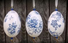 Decoupage Easter egg on goose eggshell