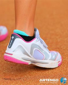 Artengo TS850 Shoes !  Support  Large outsole and reinforced upper for added stability.  #Artengo #Tennis