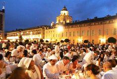 Cena in bianco - Flash mob Torino