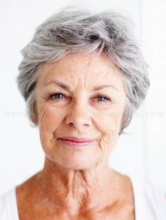 short hairstyles for older women with wavy hair - Google Search