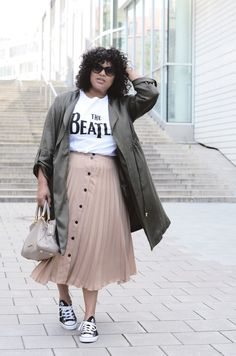 Pink Skirt with Button Placket | Green Coat | Beatles Shirt | Curvy Streetstyle