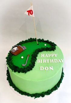Golf theme cake golf cake pops Cupcakes and Parties creations (This is an affiliate link) Need to know more, click the photo. Golf Themed Cakes, Golf Birthday Cakes, 70th Birthday, Theme Cakes, Golf Cookies, Golf Cupcakes, Valley Bakery, Golf Party Decorations, Golf Centerpieces