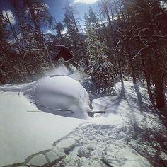 #rockdrop #gopro #goprouniverse #pow #snowboardcolorado #coloradosnowboarding #snowboarding #whiteroom #keystone #keystonemoments #keypow #outback #skunkape #libtech #powderday #pow #powder #powpow #marshmello