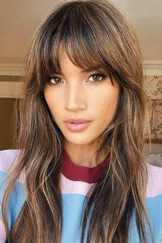 Straight Bangs For Long Faces ❤ Here are 15 f. Straight Bangs For Long Faces ❤ Here are 15 fun hairstyles for long faces for If you have a rather oblong face, you'd better find a hairstyle to break up your facial features. Long Face Haircuts, Face Shape Hairstyles, Easy Hairstyles For Medium Hair, Chic Hairstyles, Long Hairstyles With Bangs, Bangs Hairstyle, Haircut For Long Face, Bridal Hairstyle, Weave Hairstyles