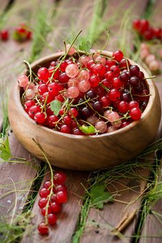 currants - so summer!