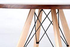 48 Round Dining Table in Walnut Maple & Steel von StyloFurniture