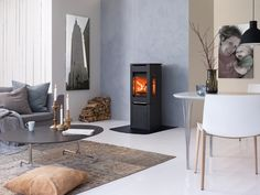 A range of mystic fireplaces from Jotul filled with warmed and designed with care to be the most poignant solutions for the modern home. Nebraska, Architecture Design, Home Appliances, House Design, Interior Design, Modern, Furniture, Home Decor, Wood Stoves