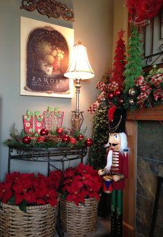 Savvy Seasons by Liz: A Simple Holiday Vignette (Video)